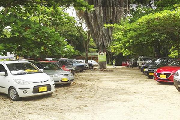 Parqueaderos