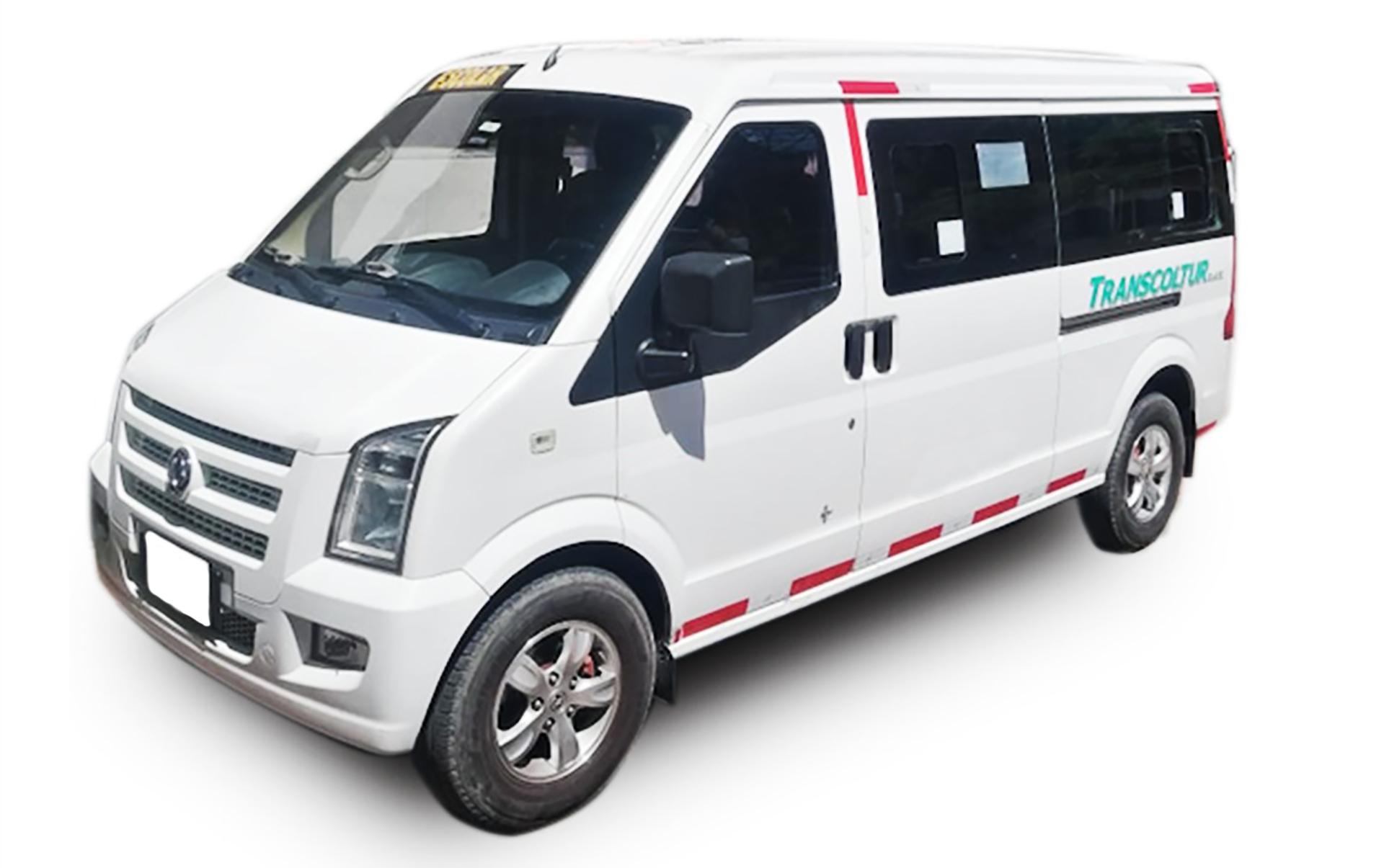 transporte_piscilago_minivan (1)